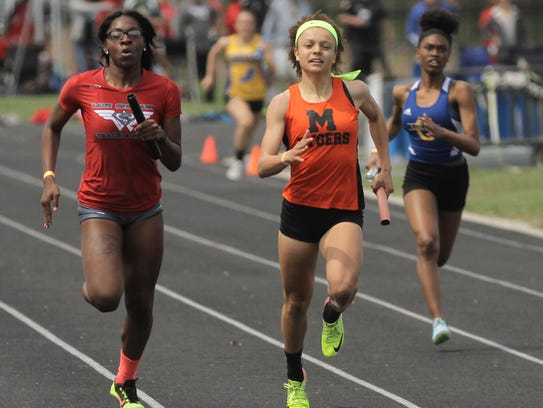 Anchor runner Alaysia Grose comes from behind to give