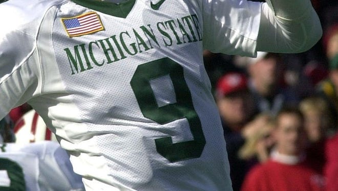 Ever see a number on a Michigan State football jersey and think of all the great players to wear it? Today, we decided who is the best Spartan to ever wear No. 10.