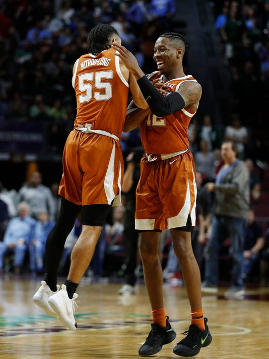 Texas_North_Carolina_Basketball_68514.jpg