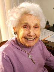 Keizer historian Ann Lossner