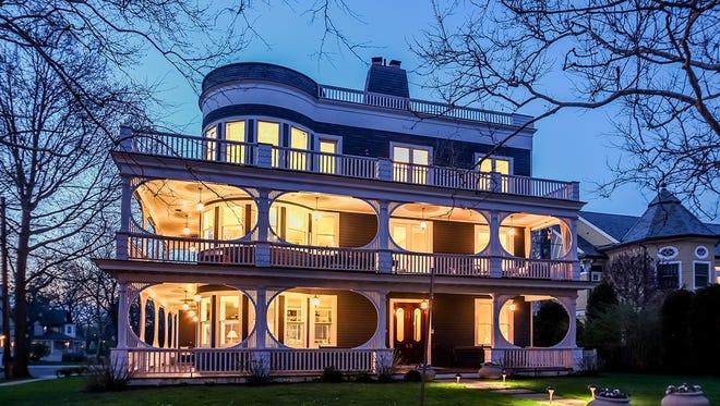 Former Belvedere Hotel, Manor Inn has been returned to its original splendor.