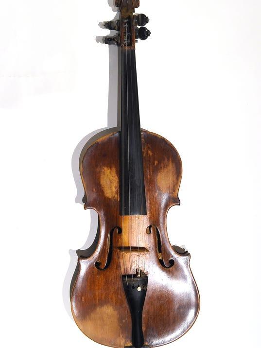 636255461127167393-Gid-Tanner-s-Fiddle-01.jpg