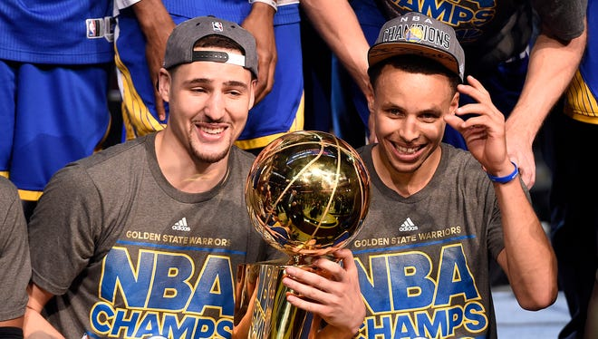 Can the Golden State Warriors and guards Klay Thompson (11) and Stephen Curry (30) win the Western Conference again?