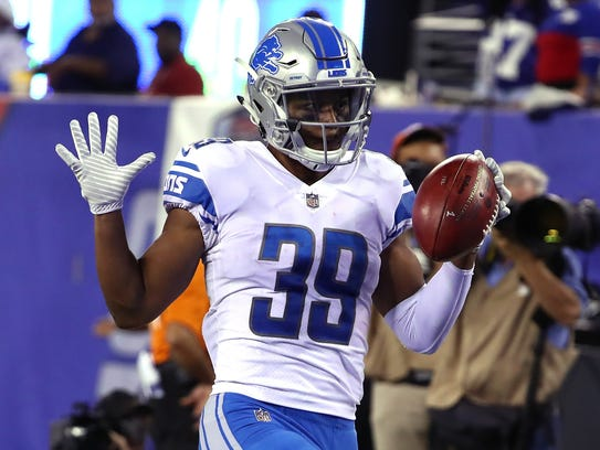 Lions' Jamal Agnew returns a punt 88 yards for a touchdown