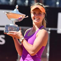 Elina Svitolina wins Italian Open final, surges to No. 1 in race