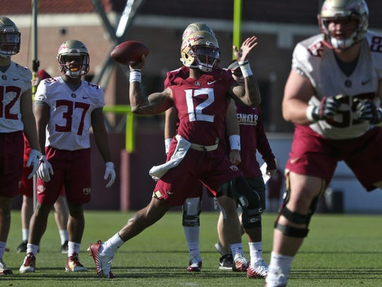 FSU's Deondre Francois throws the ball during spring