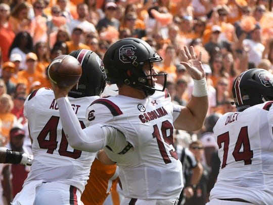 South Carolina quarterback Jake Bentley (19) prepares to pass the ball during the first half of a Tennessee vs. South Carolina game at Neyland Stadium in Knoxville, Tenn. Saturday, Oct. 14, 2017.