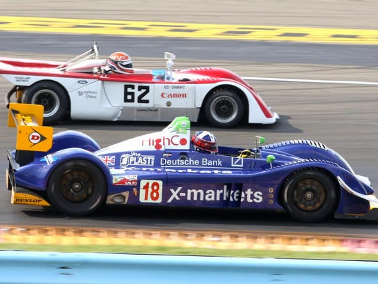 David Porter steers his Pescarolo 01 Prototype past