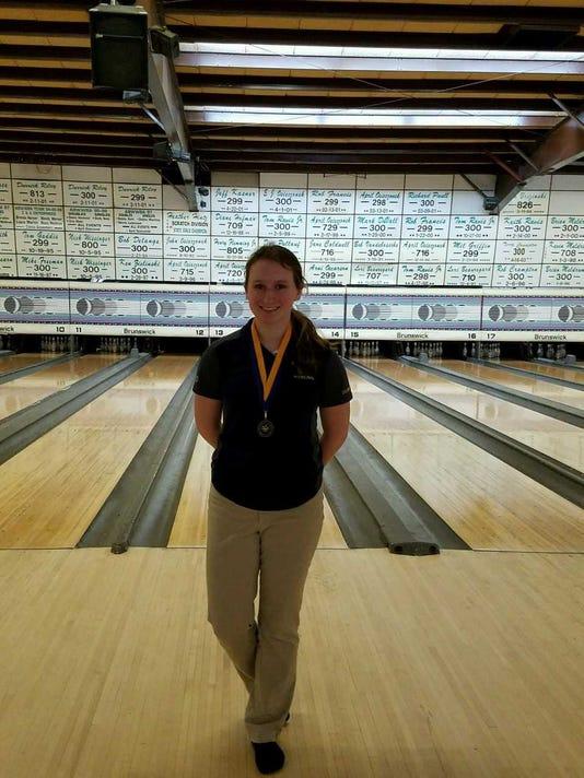 Algonac High School bowler Shelby Kapanowski