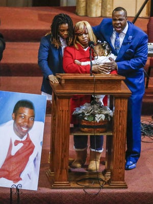 Antonio LeGrier (R) father of Quintonio LeGrier, stands with family as he eulogies his son during funeral services at New Mount Pilgrim Missionary Baptist Church in Chicago, Illinois, USA, 09 January 2016. LeGrier, 19, was shot by a Chicago police officer responding to a domestic disturbance call in December 2015.