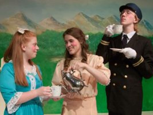 l to r: Dana Cutti, Lilly Einsig and Jonah Unger rehearse a scene for 'The Adventures of Peter Rabbit'
