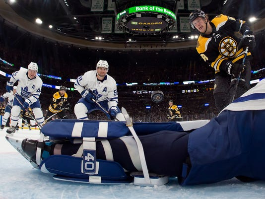 APTOPIX_Maple_Leafs_Bruins_Hockey_15113.jpg