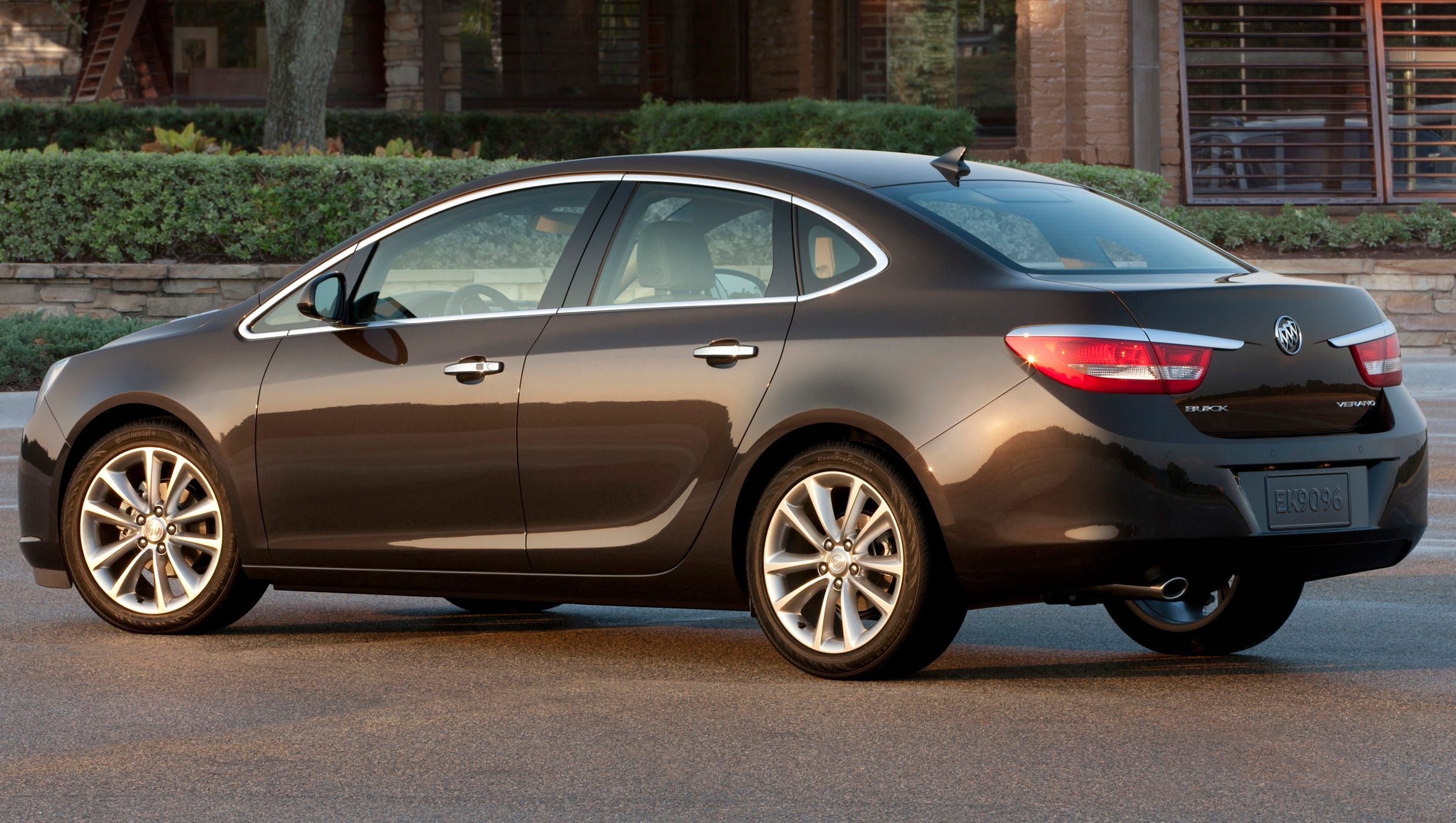 Buick Verano Review >> Gm Killing Off Its Trusty Buick Verano Compact Car