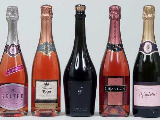 Sparkling roses can be consumed throughout a Thanksgiving meal.