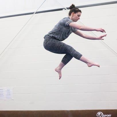 MNI 0305 gymnastics038.JPG