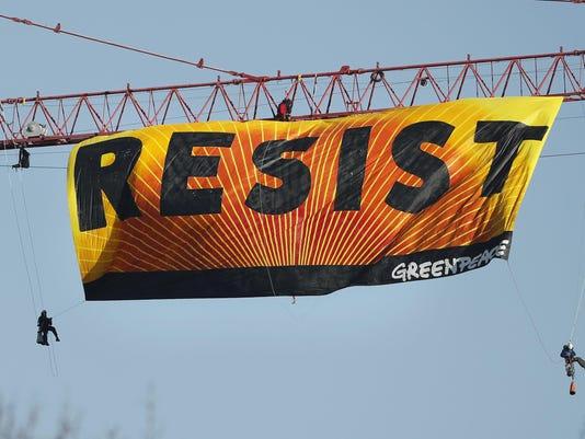 Protest Crane (2)