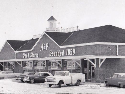 Marsh S Demise Stirs Memories Of Hometown Grocers