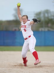 Canton's Mackenna Payne delivers a pitch during Monday's