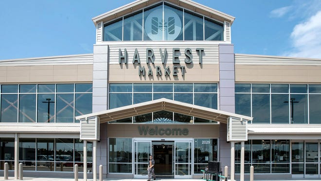 A Harvest Market by Niemann Foods, which operates the County Market stores in Springfield, opened in Champaign in 2016.