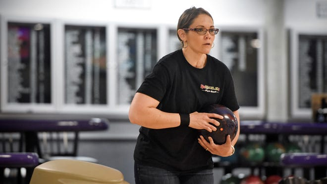 Tracy George prepares to bowl Tuesday, May 1 at Great River Bowl.