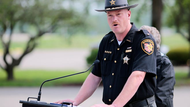 Pike County Sheriff Charles Reader delivers a 3 p.m. press conference to deliver an update on the Rhoden murders at the makeshift command center in Waverly, Ohio, on April 27, 2016.