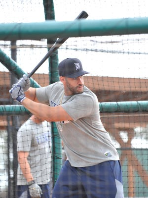 J.D. Martinez arrives in Lakeland and hits the cages Saturday.