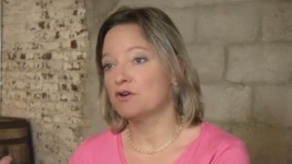 Carrington Fox touts her husband's candidacy in David