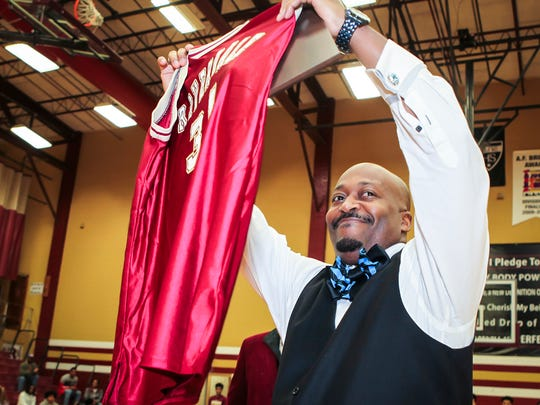 Former Riverdale standout Leon Corder had his jersey retired Tuesday night.