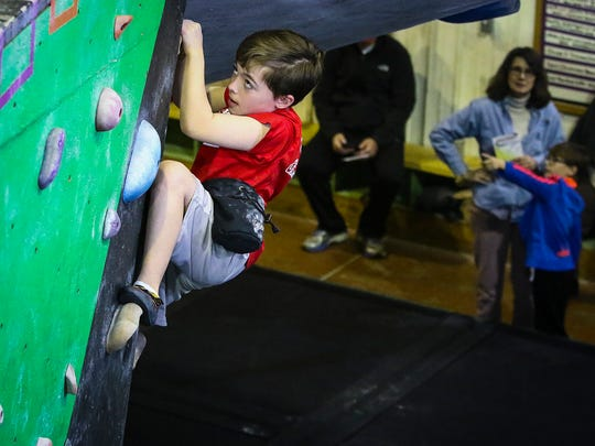 More than 2,300 boys and girls ages 3 to 12 participate in soccer, tee ball, coach pitch, flag football, basketball, cheerleading, and Indoor rock climbing at One Goal Sports.