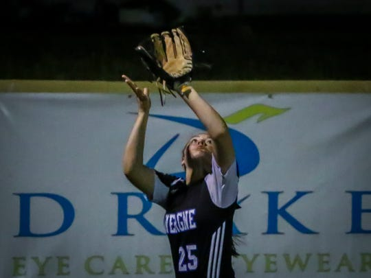 La Vergne's Skylar Filorimo camps under a fly ball during Tuesday's game at Riverdale.
