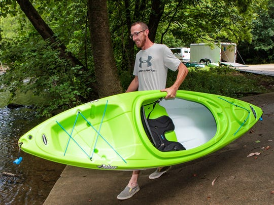 Locally owned Stones River Kayak provides equipment rentals and shuttles customers from their cars to the river and back.