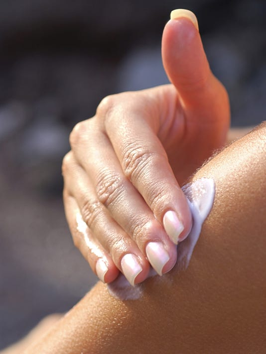 635977919300424739-Sunscreen2-ThinkstockPhotos-78029745.jpg