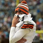 """Browns linebacker Karlos Dansby says quarterback Johnny Manziel """"has growing to do"""" in the offseason."""