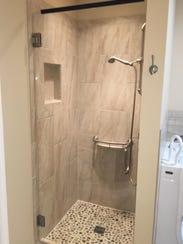 Honeycutt_shower