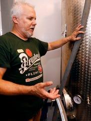 Joe MInter talks about the brewing technique as he