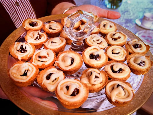 cookies2015-platter of figgy puddings