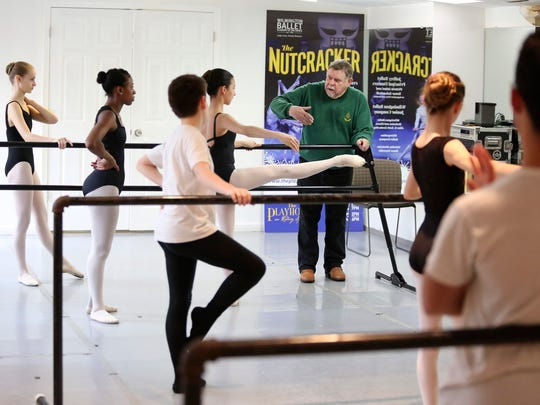 Arthur Hutchinson teaches a ballet class at Wilmington