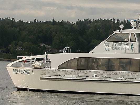 Fast-Ferry-First-Run-03.JPG