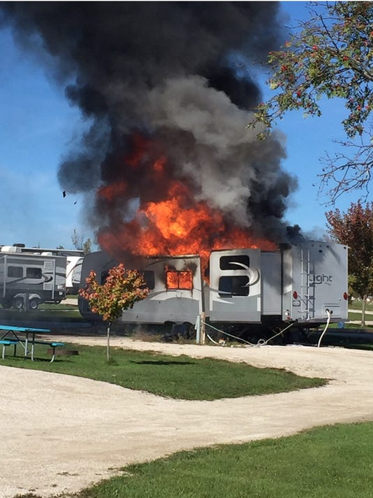 636123969888306573-DCA-camper-fire-1.jpg