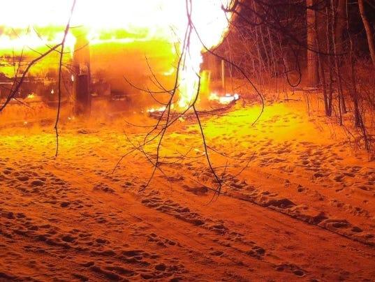 636512898410189823-shed-fire.jpg