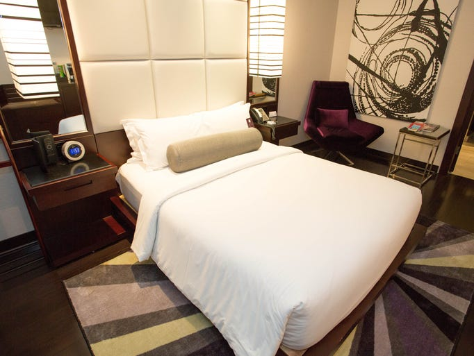Where to find hotel deals in chicago this summer for Boutique hotels chicago michigan avenue