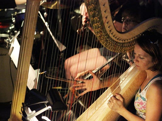 Stagecrafters orchestrapit_harp.jpg