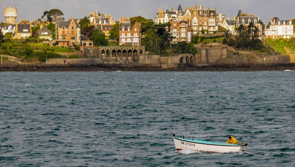 The view of twin city Dinard across from St. Malo.