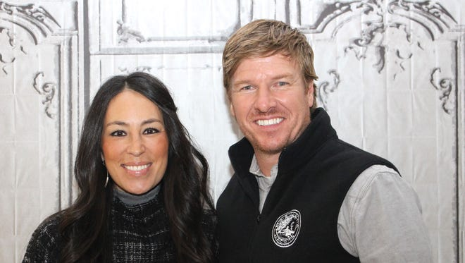 """Chip Gaines and Joanna Gaines renovate homes in Texas for HGTV's """"Fixer Upper."""""""
