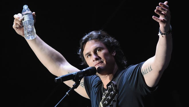 Joe Nichols is going to perform Saturday, Jan. 19, with a couple of guests in the Adams Arena at the St. Lucie County Fairgrounds west of Fort Pierce.