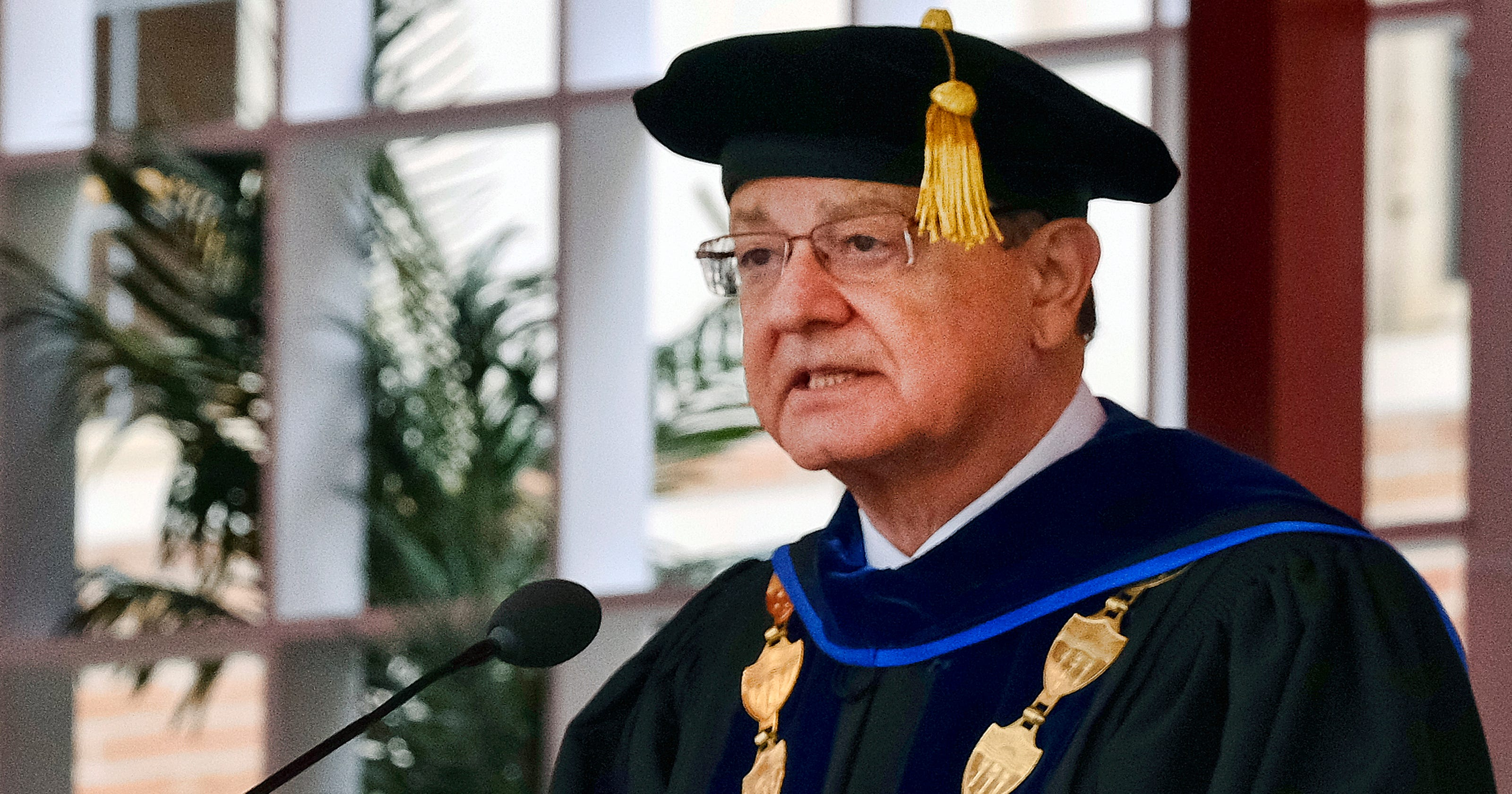 Usc President Stepping Down Over Gynecologist Scandal