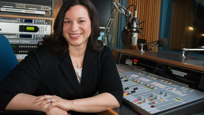 """Veronica Rueckert is leaving as host of Wisconsin Public Radio's """"Central Time."""""""