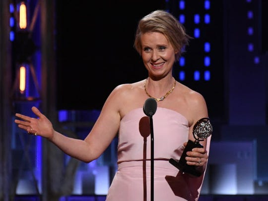 Cynthia Nixon accepts featured actress in a play for