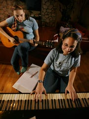 Wandless Magic's Anna Bold and Elizabeth Graber practice