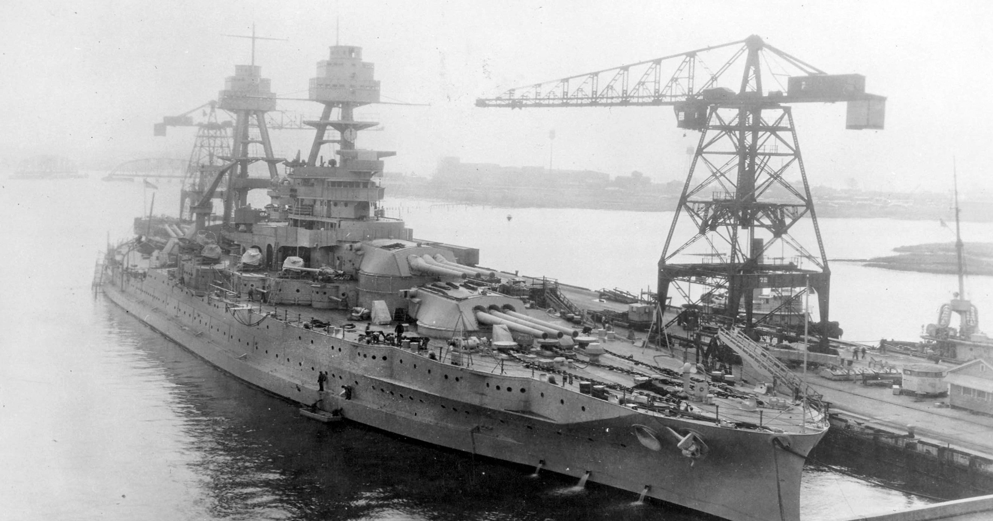 4f6c5bcc0 Attack on the USS Arizona: 14 minutes and a lifetime